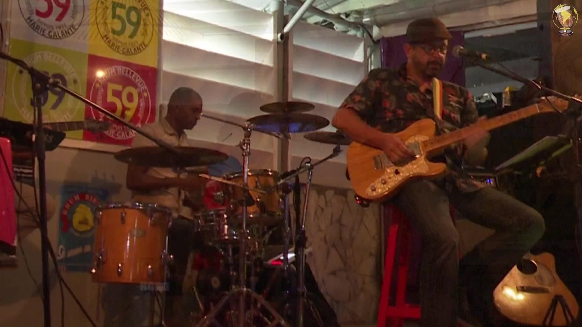 Une plongée musicale dans l'histoire du blues avec le groupe Mobilhome Blues à Capesterre M/gte